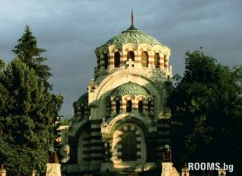 "Chapel Mausoleum ""St. George"", Picture"