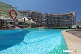 Apartments in Сomplex SUNNY ISLAND, Chernomorets, снимка