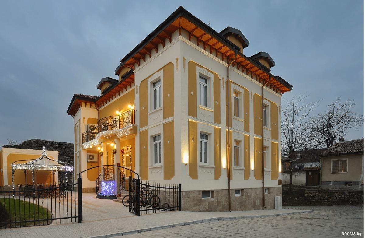 Hotel Villa Paris Hisarya Family Hotels Hisarya Bulgaria