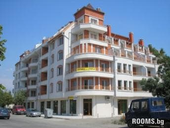 Apartment Sanshain, Pomorie, снимка