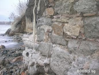 Stormy Sea revealed Roman walls in Sarafovo, Picture