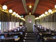 Motel in train carriages, Picture 2